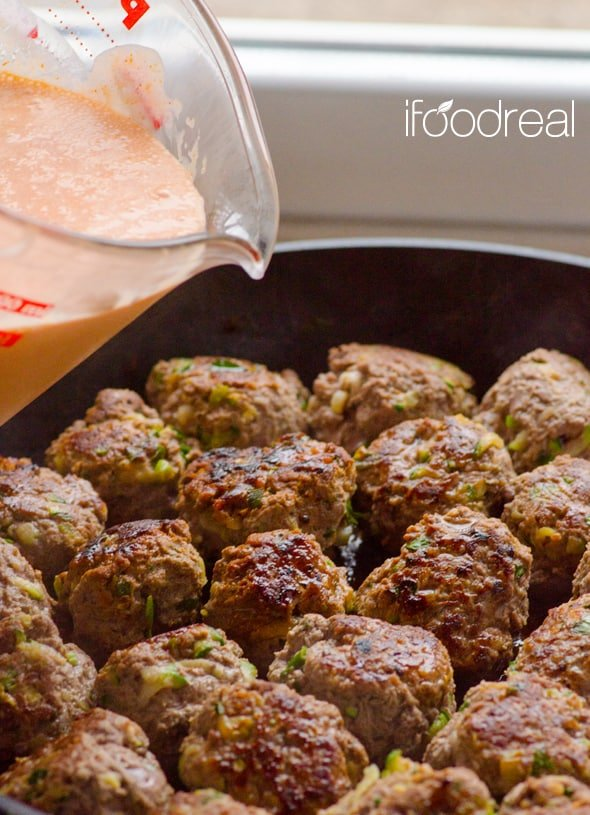before-pouring-30Minute-Clean-Skillet-Thai-Turkey-Meatballs