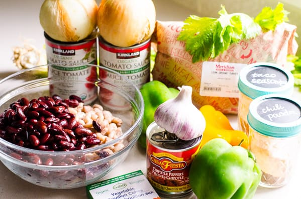 Healthy Chili Recipe ingredients include beans, ground turkey, veggies, tomato sauce and spices