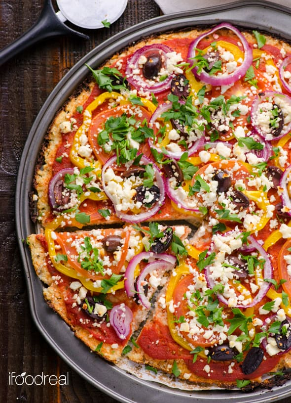 mediterranean cauliflower pizza