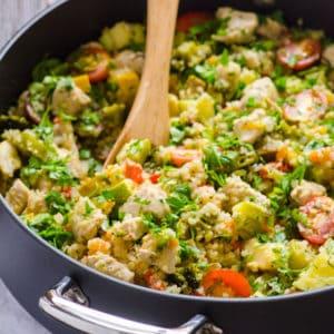 Quinoa Skillet with Chicken and Garden Veggies