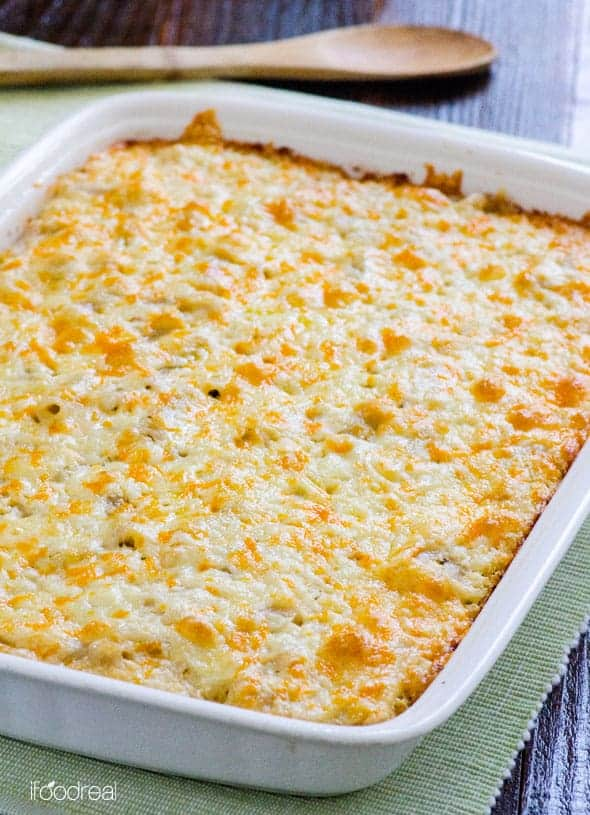 Roasted Cauliflower Mac and Cheese Casserole Recipe made healthy with brown rice pasta and is veggie packed with cheesy crust on top. I promise it will wow the little ones.