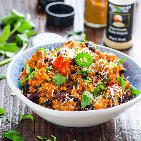 One Pan Quinoa Chicken Chili