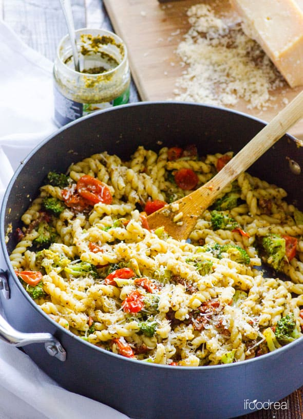 Healthy Pasta Is An Easy 30 Minute Vegetable Skillet Recipe With Pesto Tomato