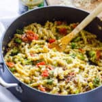 Healthy Pesto Tomato and Broccoli Pasta