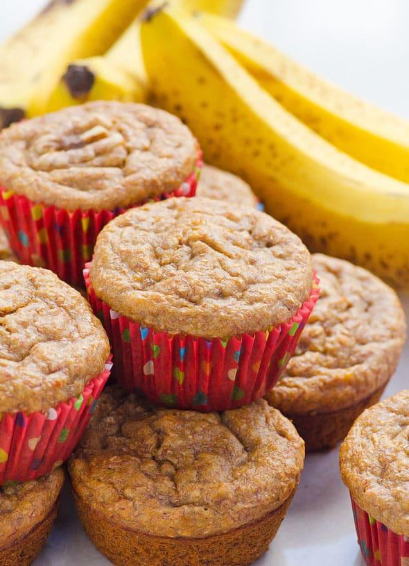 Healthy banana muffins ifoodreal healthy family recipes - Muffins fur kindergarten ...