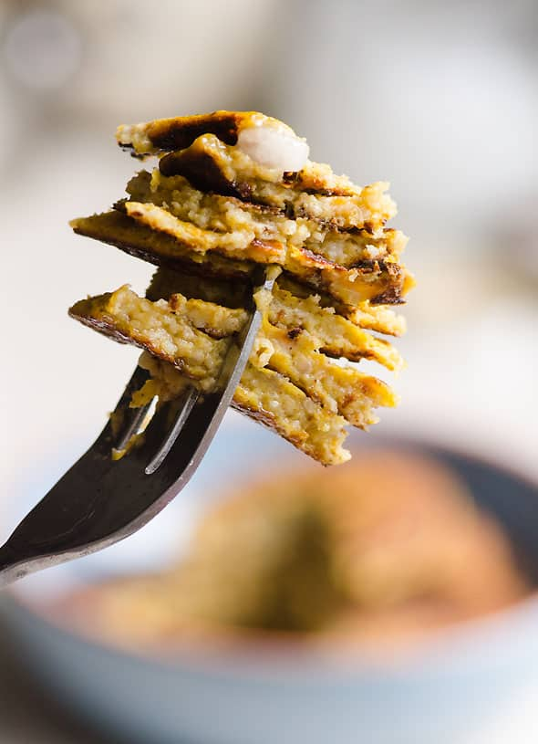 Flourless Pumpkin Pancakes are fluffy, healthy, grain free pancakes made with pumpkin puree, eggs, banana, oats and pumpkin pie spice.   ifoodreal.com