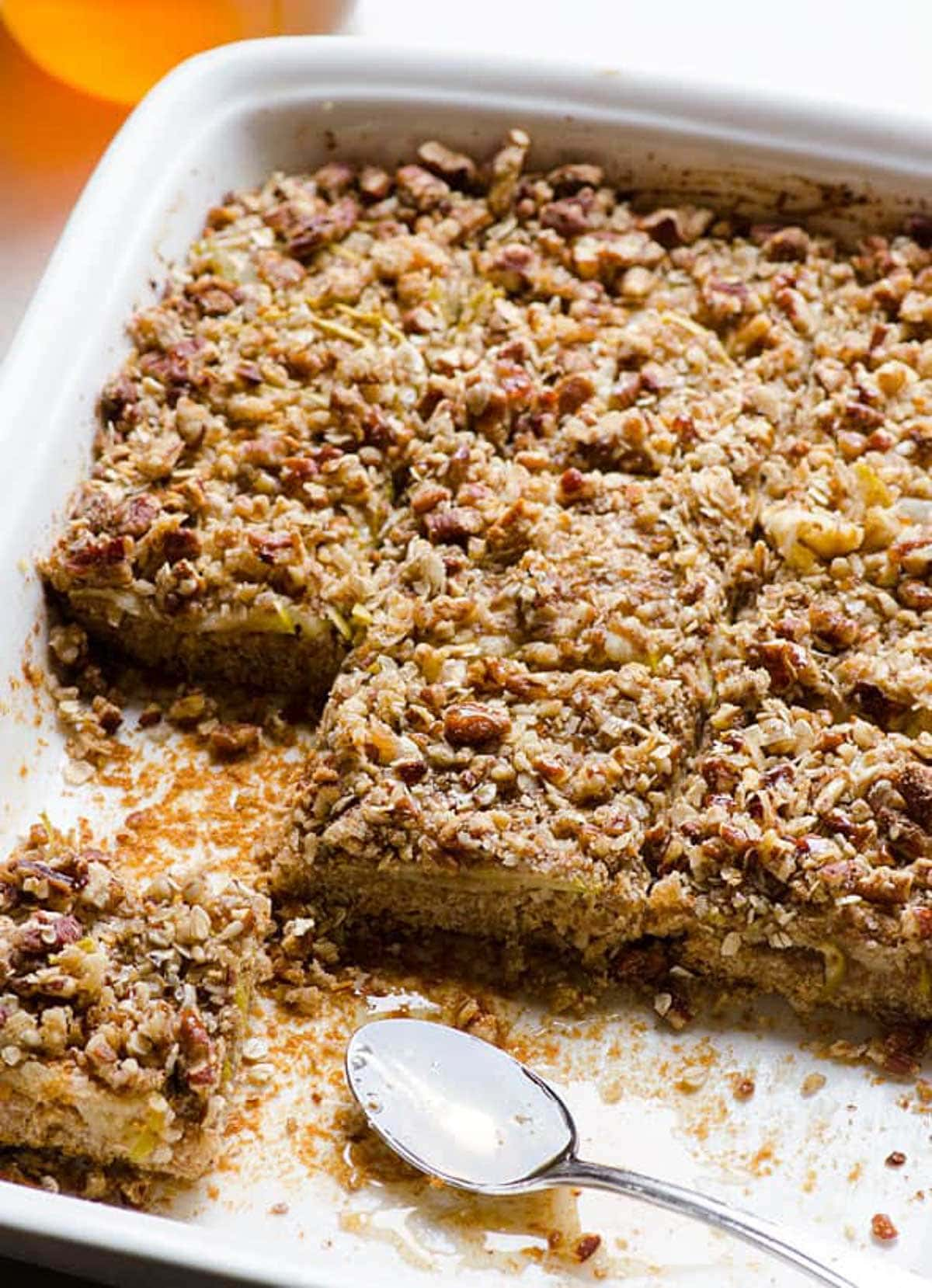 Apple Oatmeal Bars with Honey