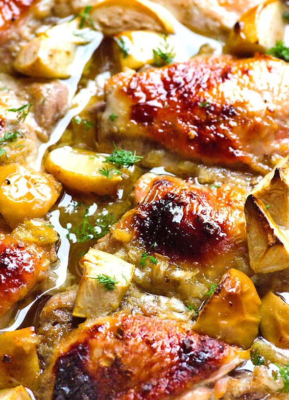 Maple Ginger Chicken Thighs is a healthy baked chicken recipe with maple syrup, apple juice or cider, apples, ginger and thyme. | ifoodreal.com