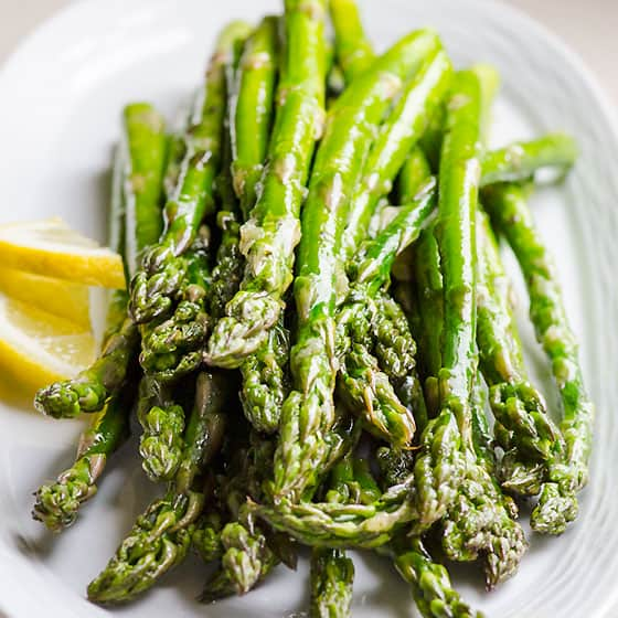 Broiled Asparagus With Garlic