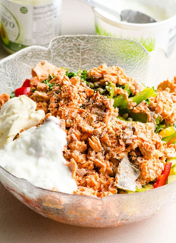 Canned Salmon Salad Recipe with crunchy bell peppers, creamy avocado and tangy capers. Healthy and affordable salad. | ifoodreal.com