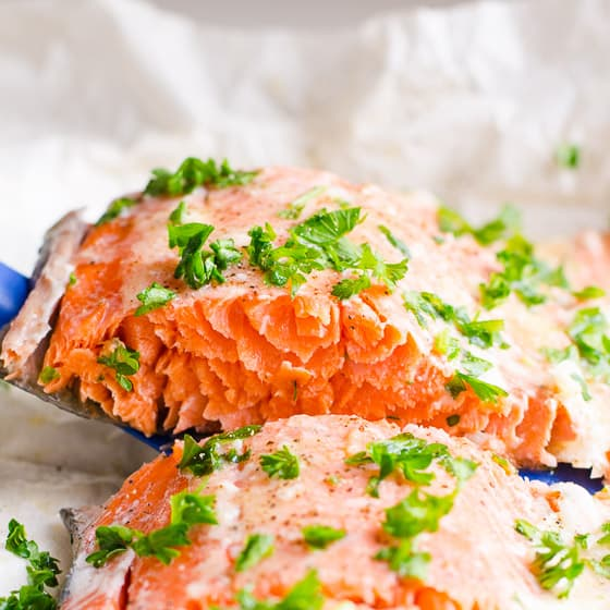 Baked Salmon In Foil (Video)