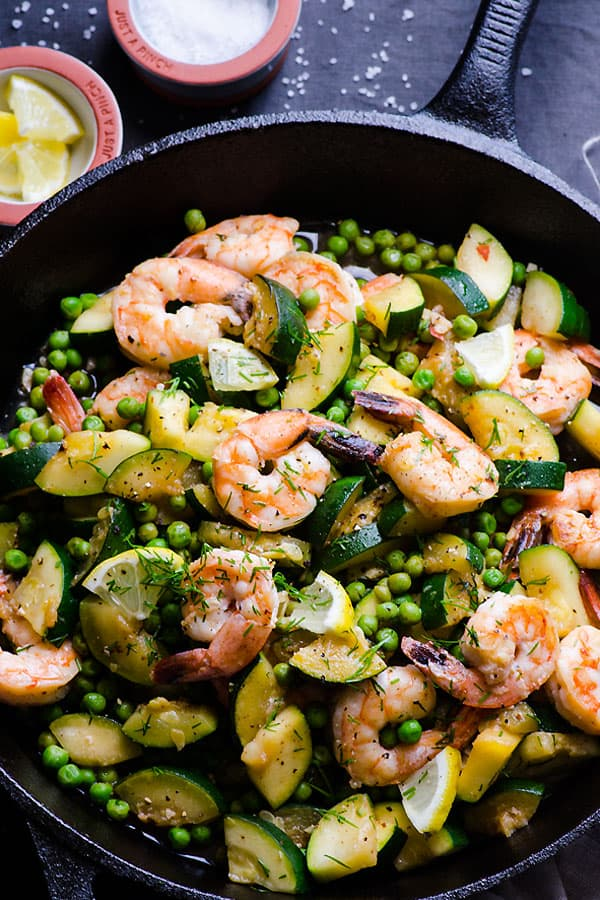 Lemon Dill Shrimp Recipe with crunchy zucchini and bursting peas, sautéed with lemon, garlic and dill and ready in 15 minutes. | ifoodreal.com