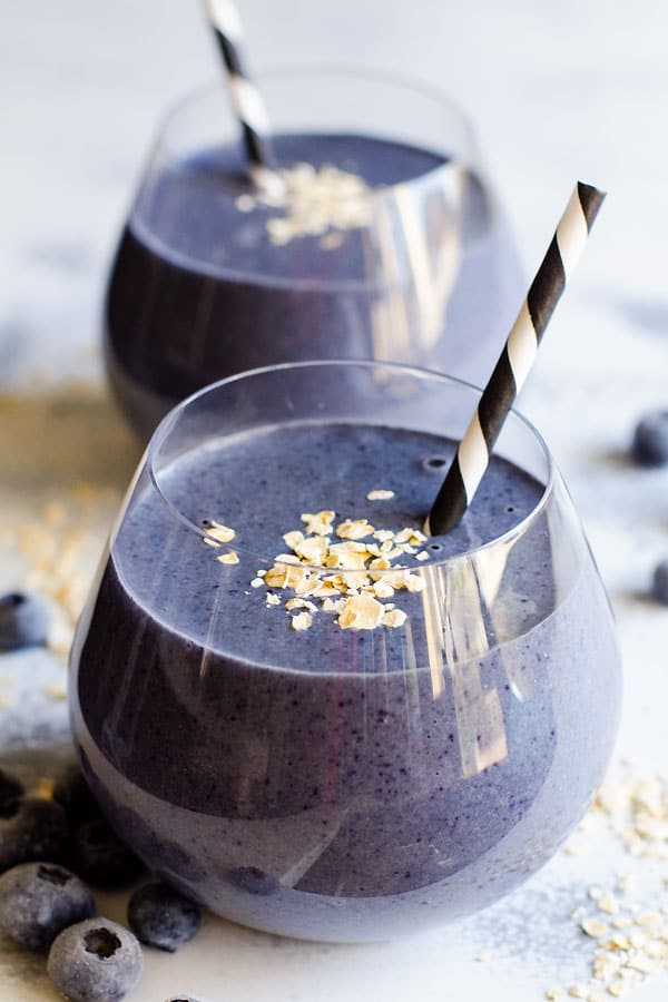 Blueberry Protein Breakfast Smoothie Recipe made only with 4 healthy ingredients. Plant based nutritional shake protein powder, unsweetened almond milk, oats and blueberries. | ifoodreal.com