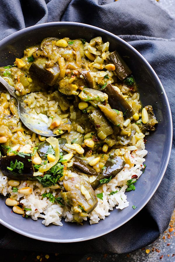 Eggplant Vindaloo is a healthy vegetable curry recipe with eggplants, coconut milk, mustard, vinegar, pine nuts or peanuts and cilantro. | ifoodreal.com