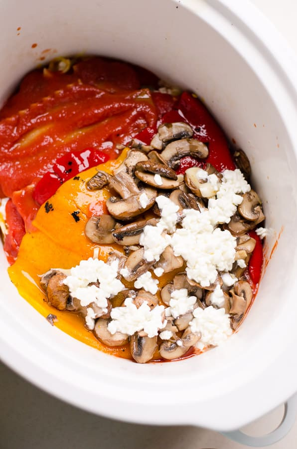 Slow Cooker Roasted Red Pepper Lasagna is a tasty, easy and pillowy soft whole wheat lasagna recipe with mushrooms, cottage cheese and tomato sauce. | ifoodreal.com