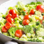 Sautéed Garlic Broccoli with Tomatoes