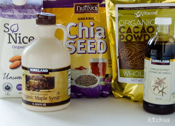 Chocolate Chia Pudding Recipe with almond or coconut milk, that tastes like dessert but has nutrition of a breakfast. Prepare for up to 5 days and just refrigerate.