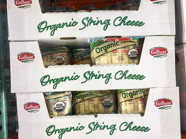 Our Healthy Costco Shopping List 2017 for a family of 4 that shops on a budget and eats real food 80-90% of the time. | ifoodreal.com