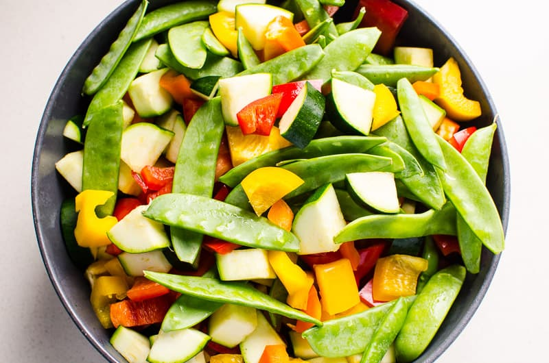 Snow peas, zucchini and bell pepper for Beef Stir Fry Recipe
