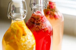 Kombucha Second Fermentation – How to Flavor and Make It Fizzy