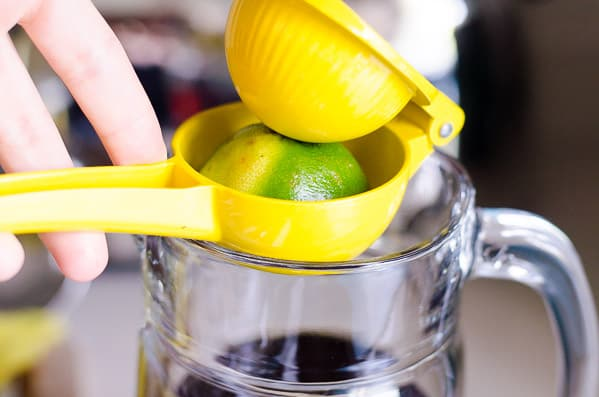 Lime Iced Tea is a heathy sparkling iced tea recipe made with brewed tea, lime, lemon, club soda and a touch of maple syrup. | ifoodreal.com