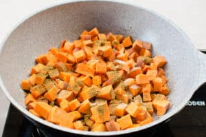 how to make skillet sweet potatoes