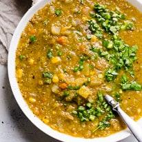 Slow Cooker Vegetarian Lentil Soup