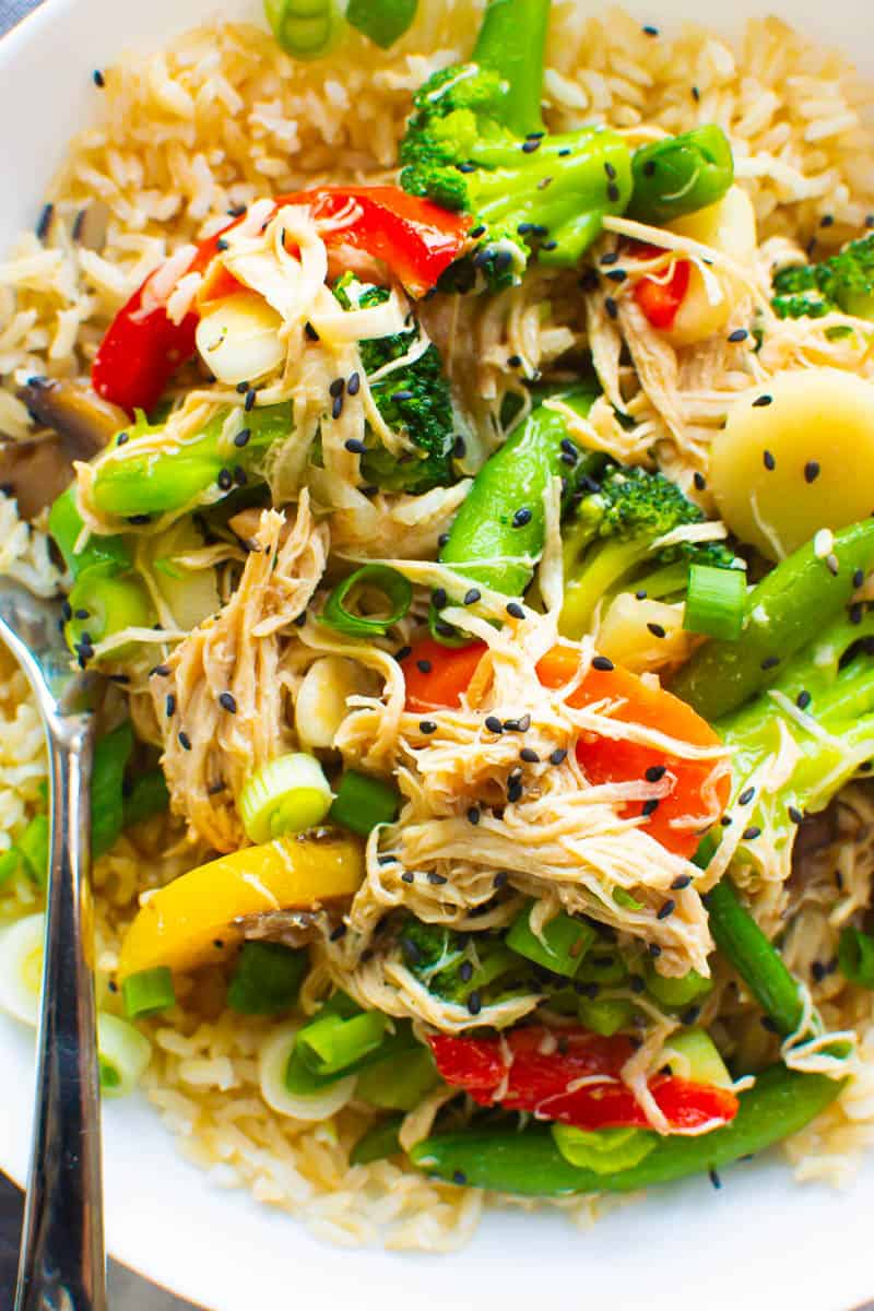 Instant Pot Stir Fry with chicken, veggies, green onions and sesame seeds