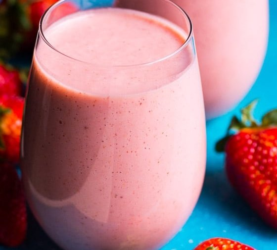 Strawberry Smoothie Recipe (Video)