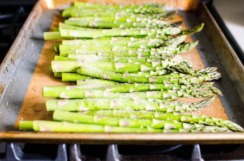 cooking asparagus in the oven roasted asparagus ifoodreal healthy family recipes 12547