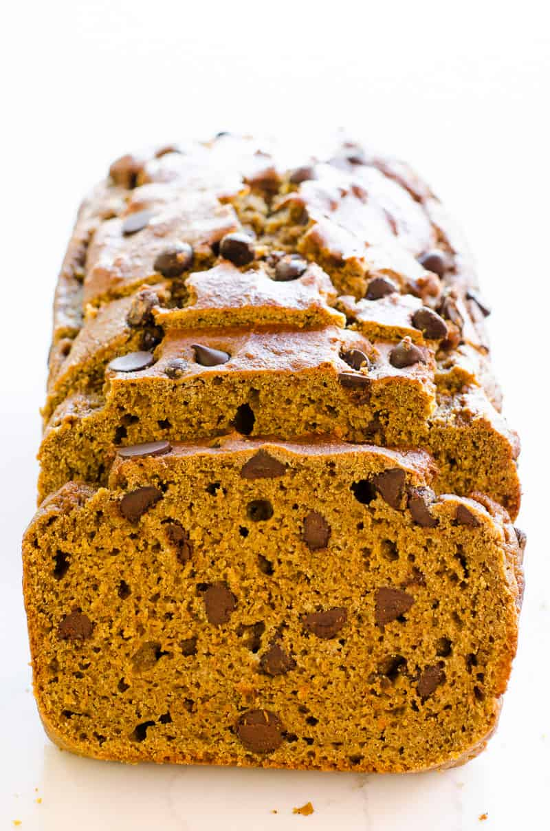 To Die For Healthy Pumpkin Chocolate Chip Bread with canned pumpkin, whole wheat or spelt flour and a lot of dark chocolate chips because life is short.