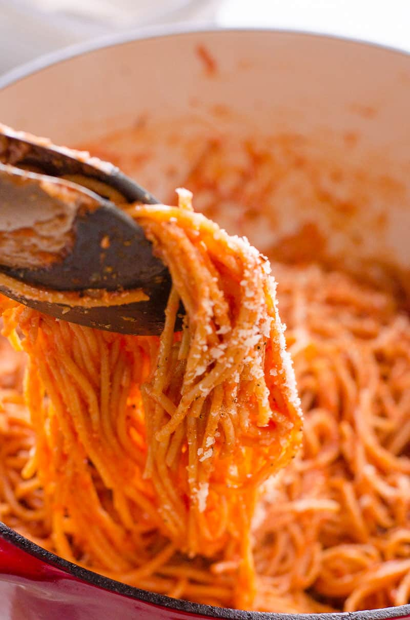 How to make spaghetti with canned tomato sauce in 10 minutes. So easy, quick and delicious you will never eat out again!