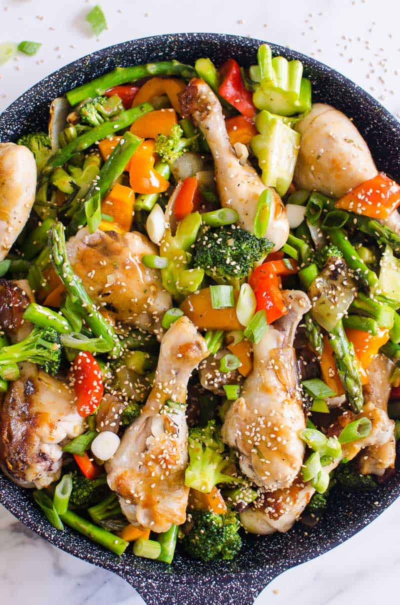 healthy chicken stir fry recipe in a wok
