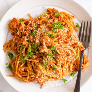 Instant Pot Spaghetti (Video)