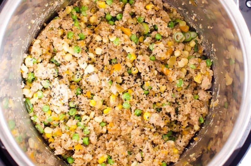 instant pot ground turkey quinoa bowls with vegetables