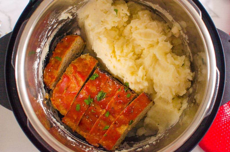 turkey meatloaf and mashed potatoes in instant pot