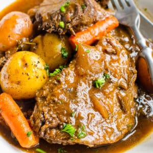 Instant Pot Pot Roast (Video)
