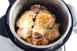 how to cook chicken thighs in instant pot step by step