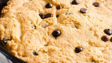 Skillet Cookie (Video)
