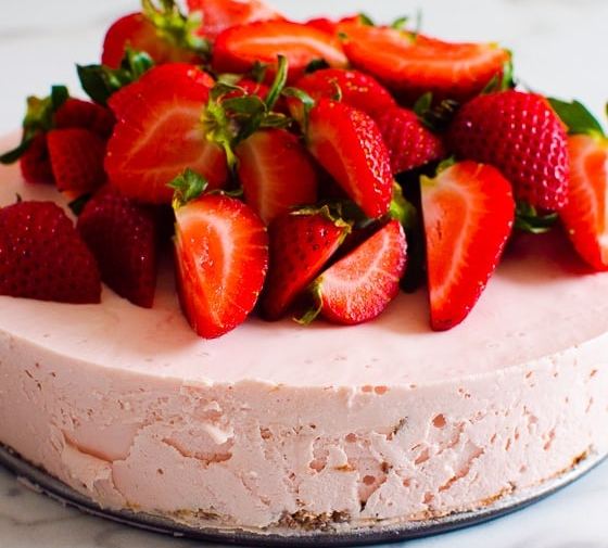 No Bake Strawberry Cheesecake (Video)