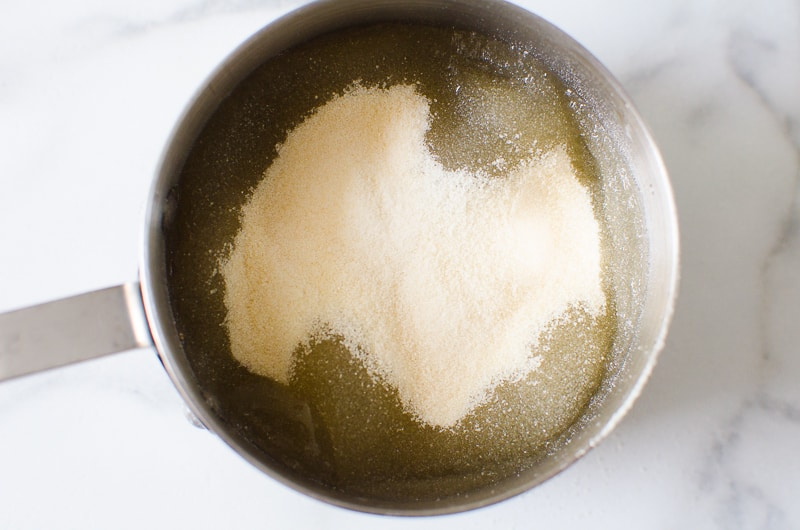 powder gelatin and water in small pot