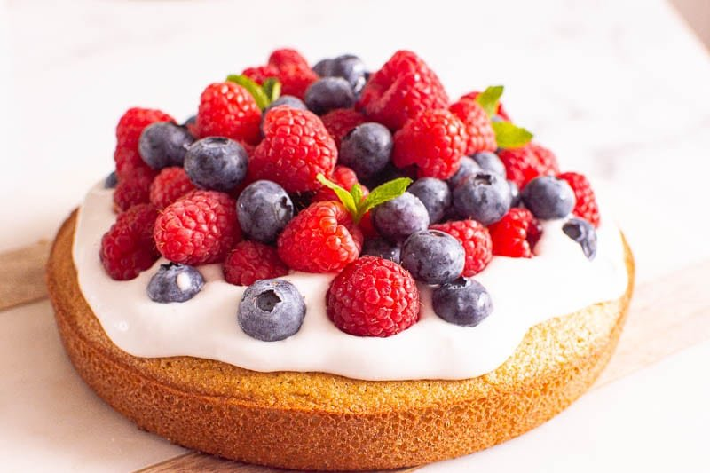almond flour cake recipe with coconut cream and fresh berries
