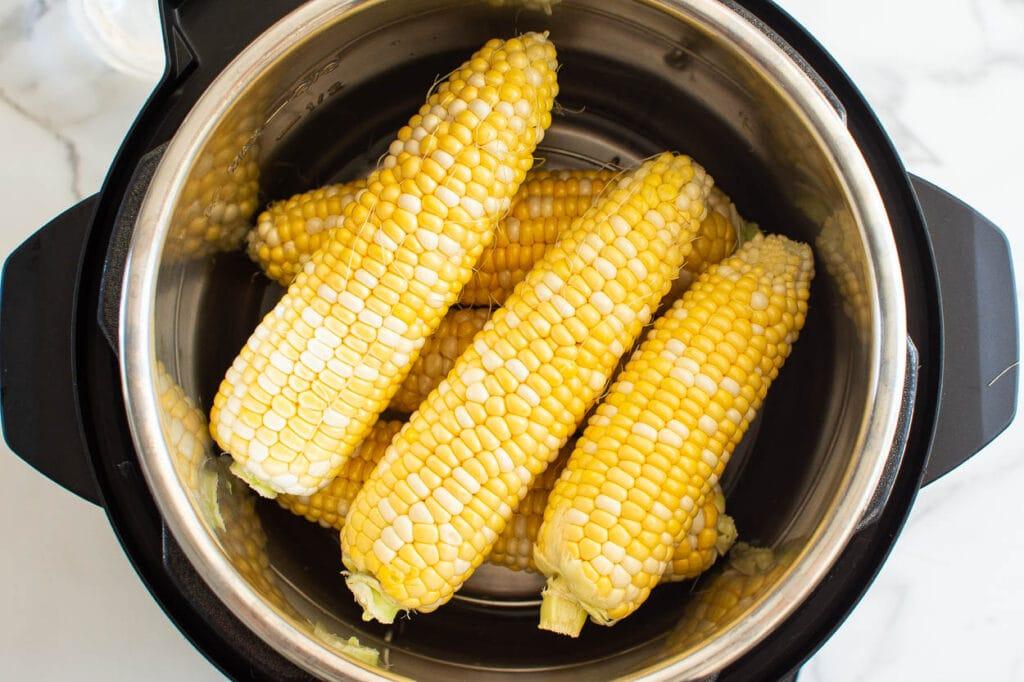 raw ears of corn in instant pot
