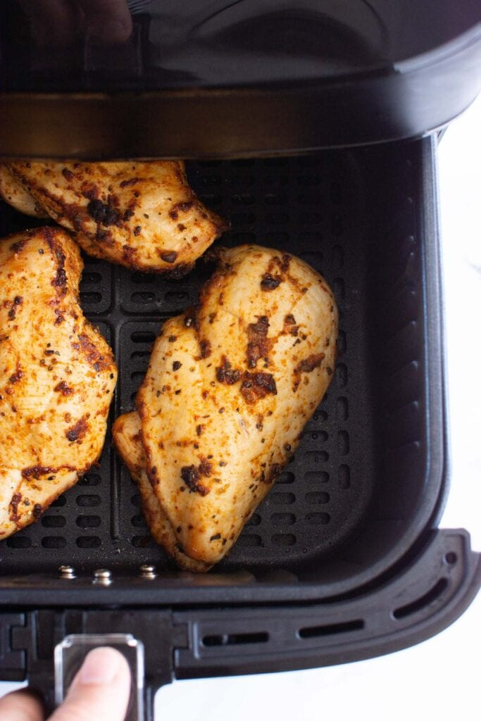 chicken breast cooked in air fryer