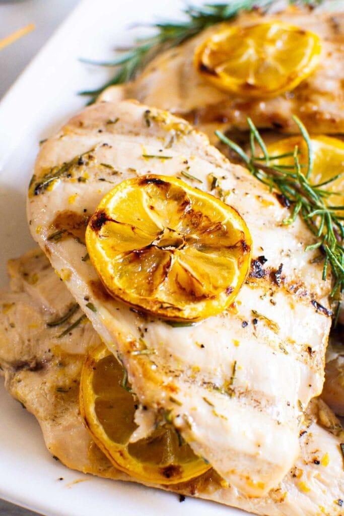 close up of lemon rosemary chicken