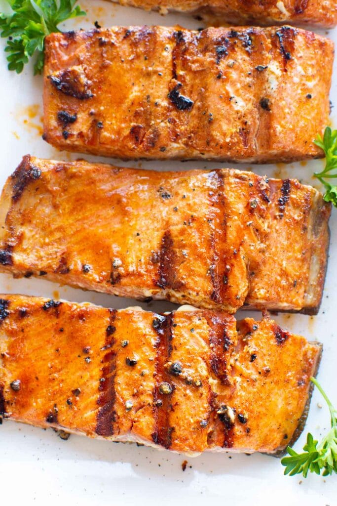 3 grilled salmon fillets