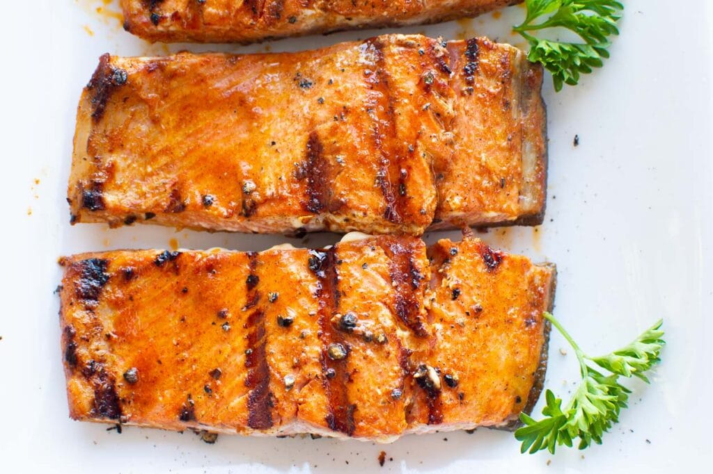 salmon fillets from the grill with garnish