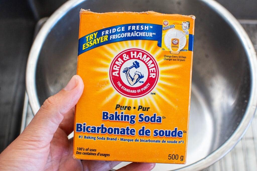 baking soda in a box