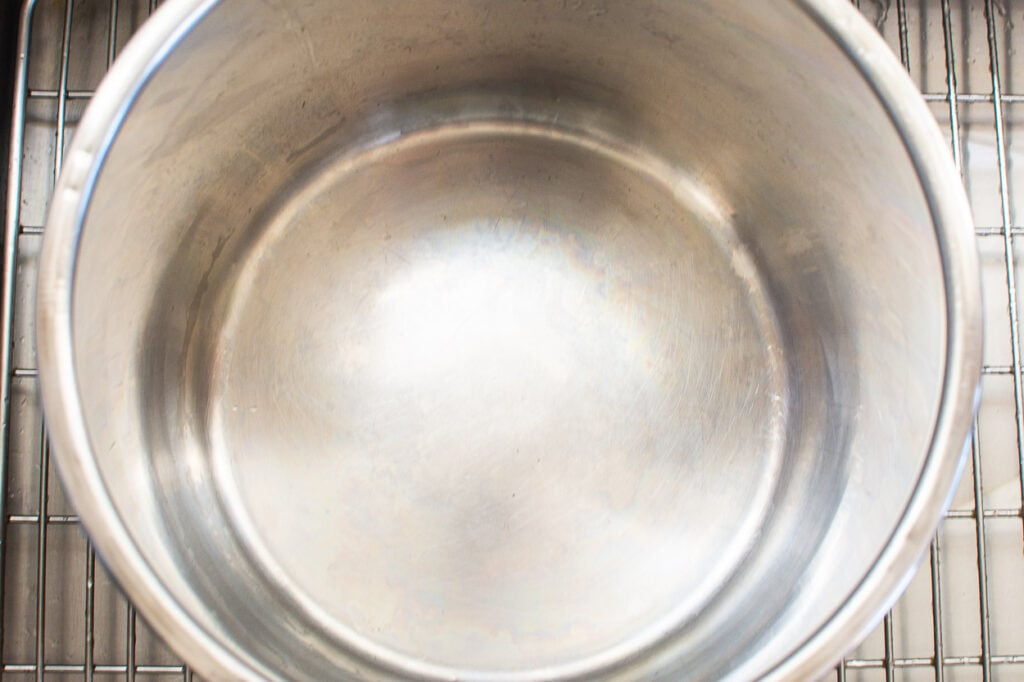 shiny stainless steel pot