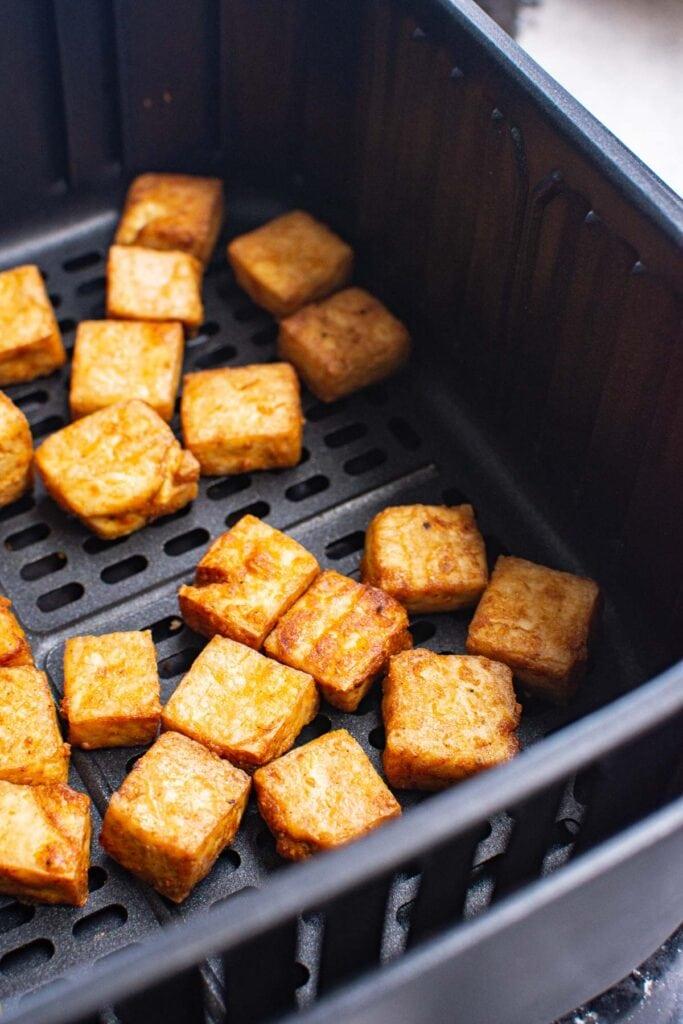 close look at crispy air fried tofu